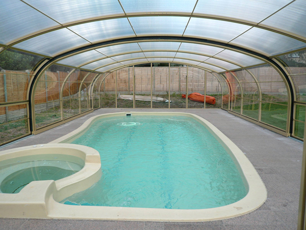 Private Domestic Swimming Pool Enclosures